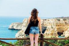 女性单独旅游最危险的国家前50名排行榜